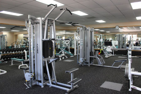 Weight machines in El Gancho