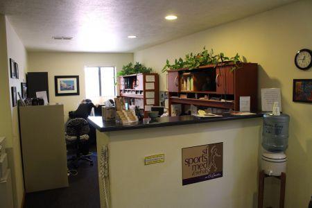 Front desk Santa Fe Sports Med